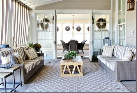 Front Porch Fall Decorating Ideas - 20 decorating ideas from the southern living idea house thistlewood farm