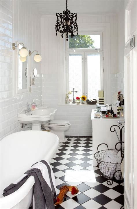 white bathroom floor the 25 best black white bathrooms ideas on pinterest