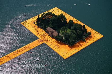 floating piers the floating piers by christo and jeanne claude