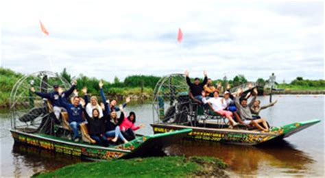 fan boat ride florida florida s premier airboat tours ride attractions