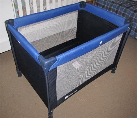 Changing Table For Cot C Cots Baby C Cot With Nappy Changing Table Included Was Sold For R300 00 On 13 Dec