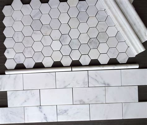 7 00sf carrara venato 3x6 quot subway tile and venato 2 quot hexagon mosaic tile from thebuilderdepot