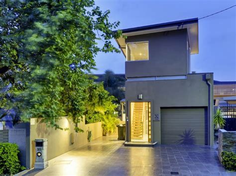 buy a house brisbane buying a house in brisbane 28 images bay houses for sale sydney hideaway to topple