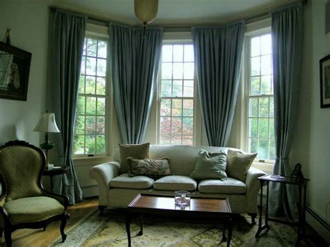 Queen Anne Style Tables And Curtains To Compliment Queen Anne Style Queen