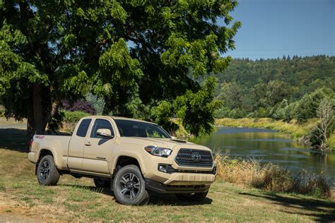 99 Toyota Tacoma 2016 Toyota Tacoma Priced From 23 300 99 New Photos