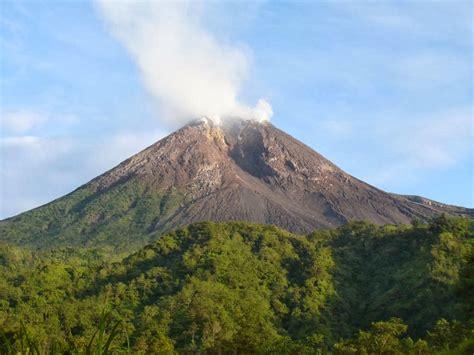 keragaman kenakan alam dan buatan serta pembagian wilayah waktu di indonesia