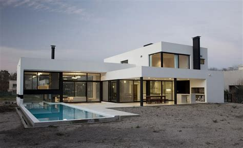 house modern design simple grand bell house by andres remy arquitectos keribrownhomes
