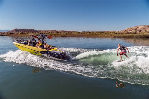 axis wake boat options bateaux axis wake research chantier naval du chablais