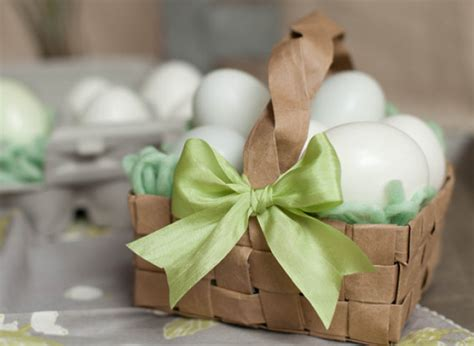 How To Make Easter Decorations Out Of Paper - easter craft ideas make an easter basket from a paper bag