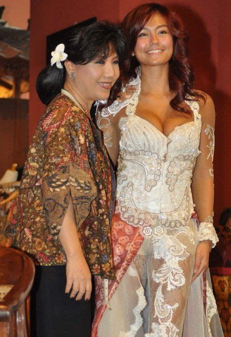 Batik Kebaya Agnes the original indonesia clothing kebaya avantie untuk