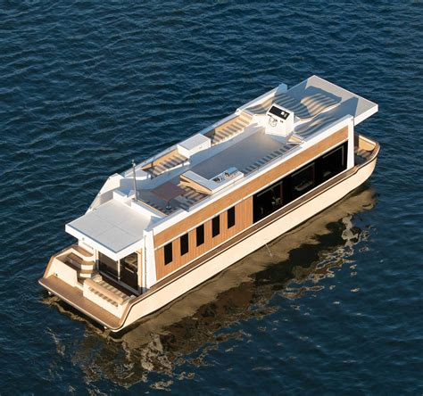 trimaran houseboat photos of the crossover yacht crossover yachts luxury