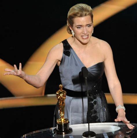 best film oscar award kate winslet purposely didn t thank harvey weinstein at