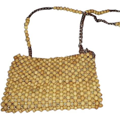 1960s wooden bead shoulder bag purse gold tone chain and
