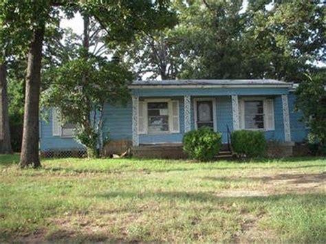 Homes For Sale Longview Tx by 3005 Longview Pkwy Longview Tx 75601 Foreclosed Property