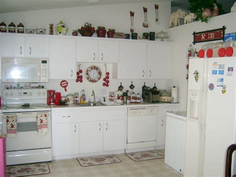 Apple Themed Kitchen by 301 Moved Permanently