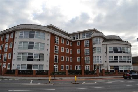 2 bedroom flats to rent in kingston 2 bedroom apartment to rent in london road kingston upon