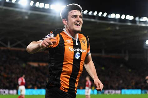 harry maguire hull city defender harry maguire to leicester city