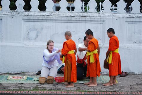 almsgiving in luang prabang welcome to ersand s