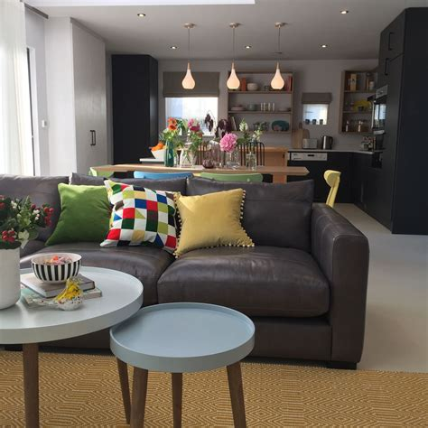 my living room the big reveal huge giveaway the diy sos living room designs living room