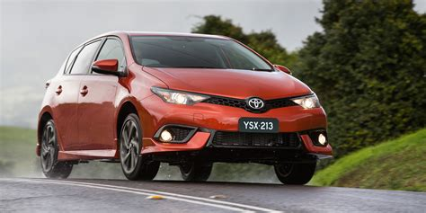 Price Of Toyota Corolla 2015 2015 Toyota Corolla Hatch Pricing And Specifications