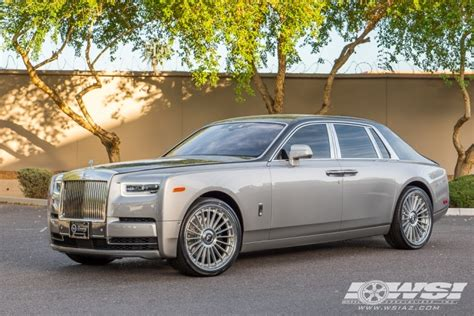 roll royce phantom custom 2018 rolls royce phantom with 24 quot forgiato tecnica 3 1 r