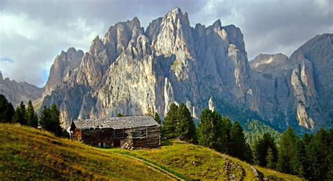 travel trip journey dolomites italy ultimate dolomites itinerary map wilderness travel