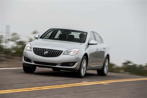 turbo buick 2014 buick regal turbo front three quarters in motion photo 15
