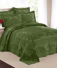 Heavy Quilted Bedspreads 67 Best Images About Bedspreads On Quilt Sets
