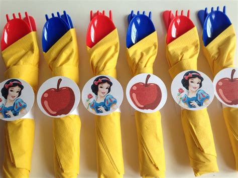 Snow White Decorations by 25 Best Ideas About Snow White On
