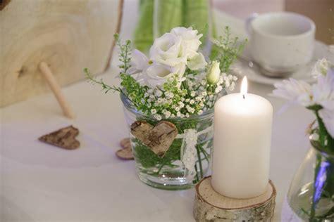 Eheringe Umarbeiten Zur Silberhochzeit by Hochzeitsdeko Gr 252 N Wei 223 Rosa Alle Guten Ideen 252 Ber Die Ehe