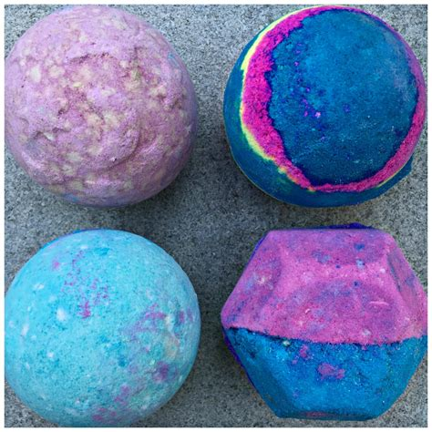 lush bathrooms bath bombs