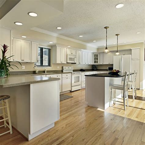 Engineered Hardwood In Kitchen Kitchen Floor Laminate Engineered Wood Flooring In Kitchen Redbancosdealimentos