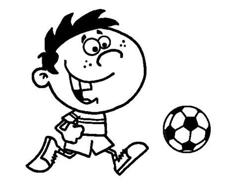 imagenes de niños jugando de 2 años balon de futbol para colorear balon de futbol para