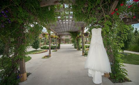 Brookside Garden Center by Brookside Gardens Event Center Wedding In Berthoud With