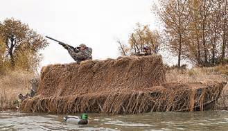 How To Make A Boat Blind For Duck Hunting Top Boat Blinds For Waterfowl Hunters