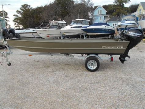 tracker riveted jon boats tracker topper 1542 riveted jon boats for sale boats
