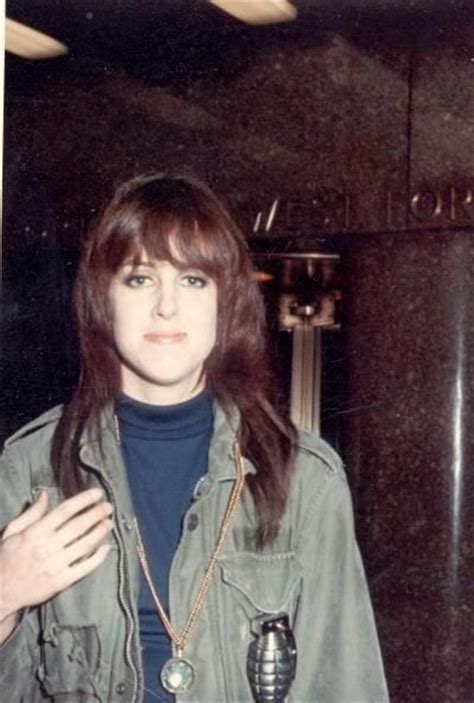 signe toly anderson grace slick joined jefferson airplane in 1966 to replace
