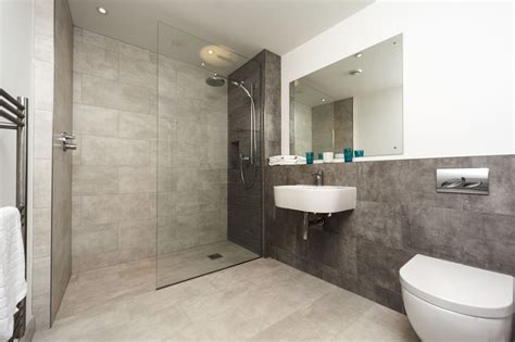 Modern Bathroom Design With Shower Inspirational Bathroom Design Ideas And Pictures