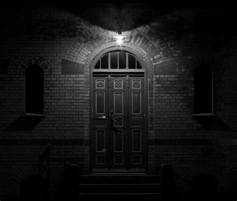 solution doors et room horror halloween inscareation dreadful doors justrenttoown