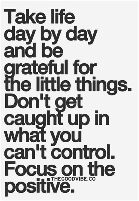 Positive Meme Quotes - un due tre ilaria week end quote focus on the positive