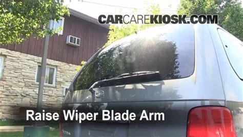 how make cars 2002 kia sedona windshield wipe control rear wiper blade change kia sedona 2002 2005 2003 kia sedona ex 3 5l v6