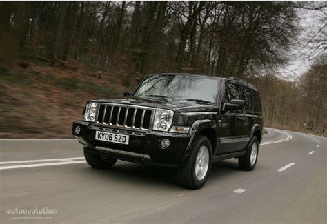 how to learn all about cars 2008 jeep patriot interior lighting jeep commander specs 2008 2009 2010 autoevolution