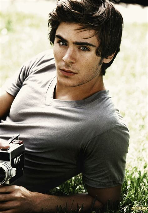 Top People   Zac Efron