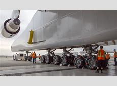 Paul Allen's Massive Stratolaunch Aircraft Rolls Out for ... World's Biggest Nose Pictures