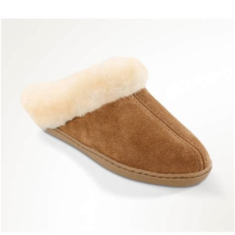 s minnetonka slippers s minnetonka sheepskin slippers leather bound new