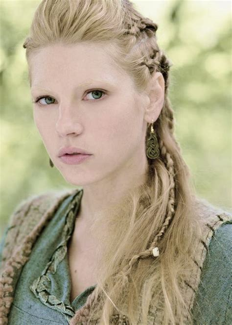 how to plait hair like lagertha lothbrok the vikings lagertha lothbrok katheryn winnick this and