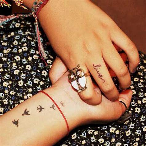 getting tattoo on finger beautiful finger tattoo designs 2013