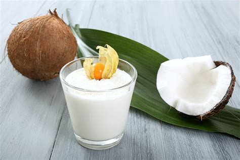 3 raisons d utiliser du lait de coco dans vos recettes today wecook