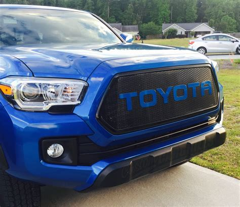 Toyota Tacoma Custom Custom Mesh Grills For 2016 Toyota Tacomas By