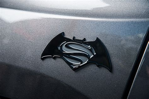 jeep batman logo jeep renegade batman vs superman limited edition